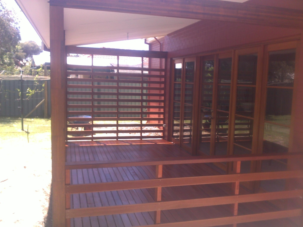 Timber Screens