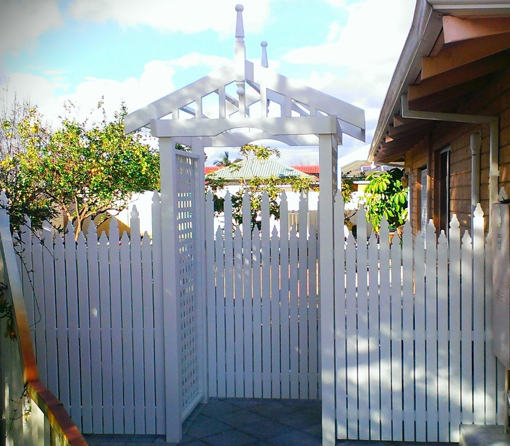 Lich Gate Rose Arbour Picket Fencing