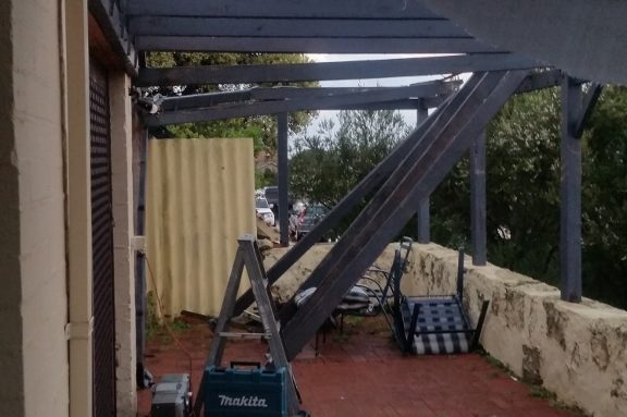 Damaged shadecloth pergola repair before