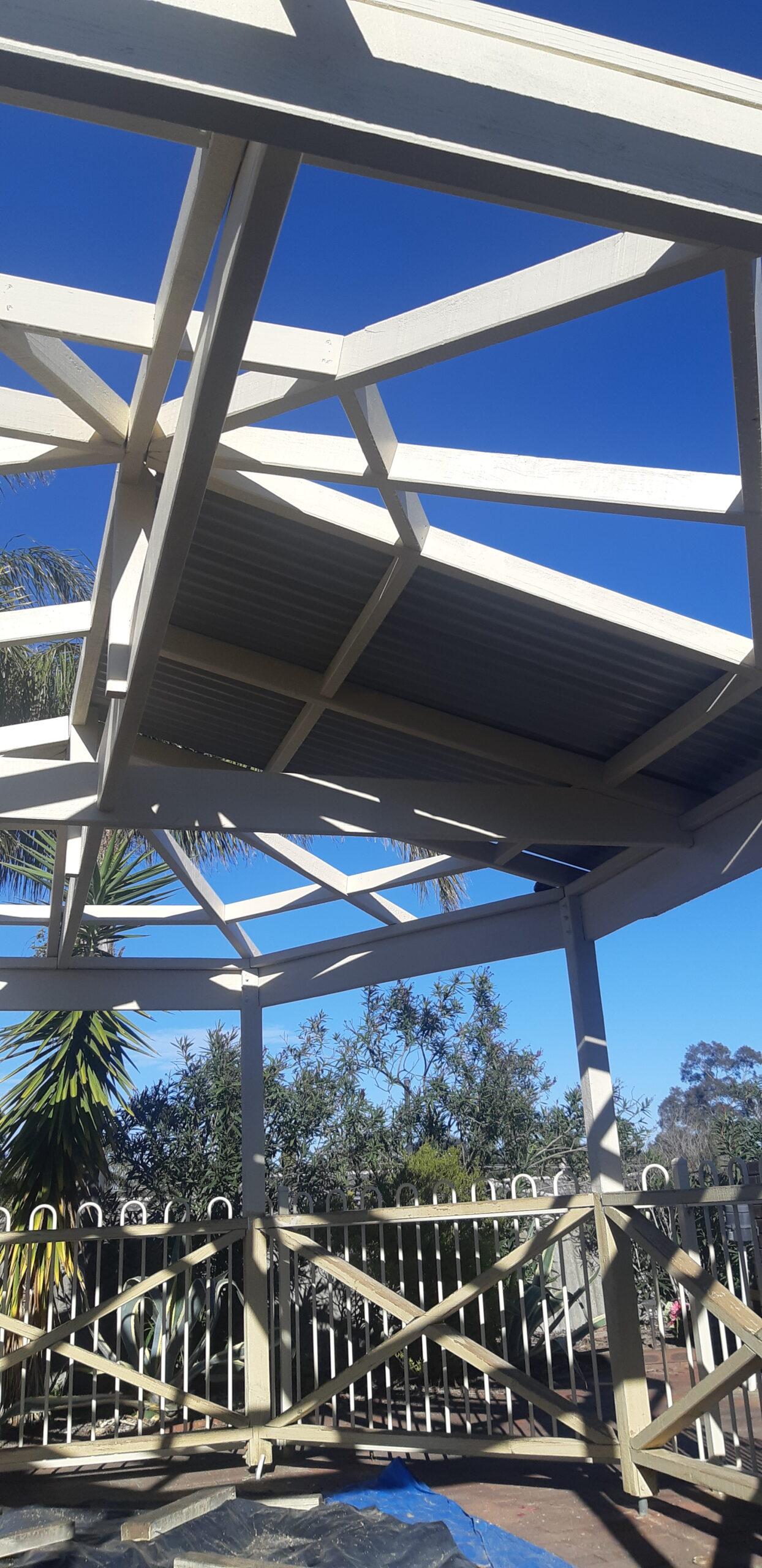 Installation of Gazebo roof